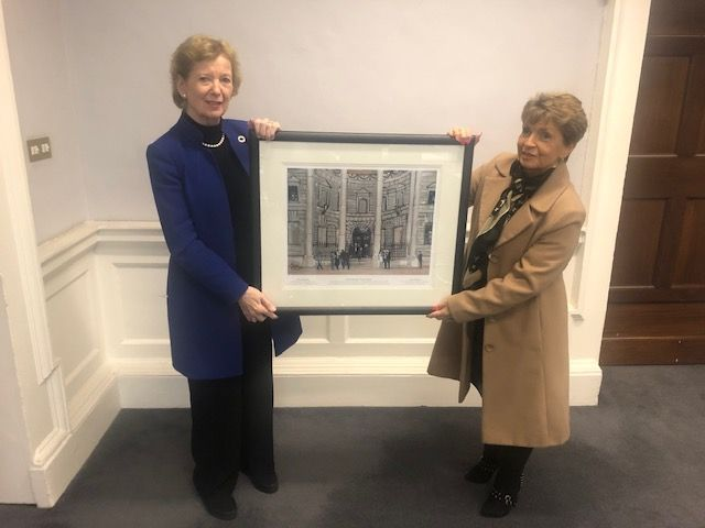 Mary Robinson, First Woman President of Ireland and Maria Hanna with the limited edition print of Entering the Four Courts